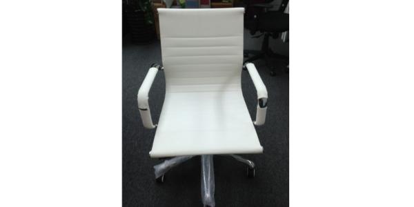 chair-F11-A0922